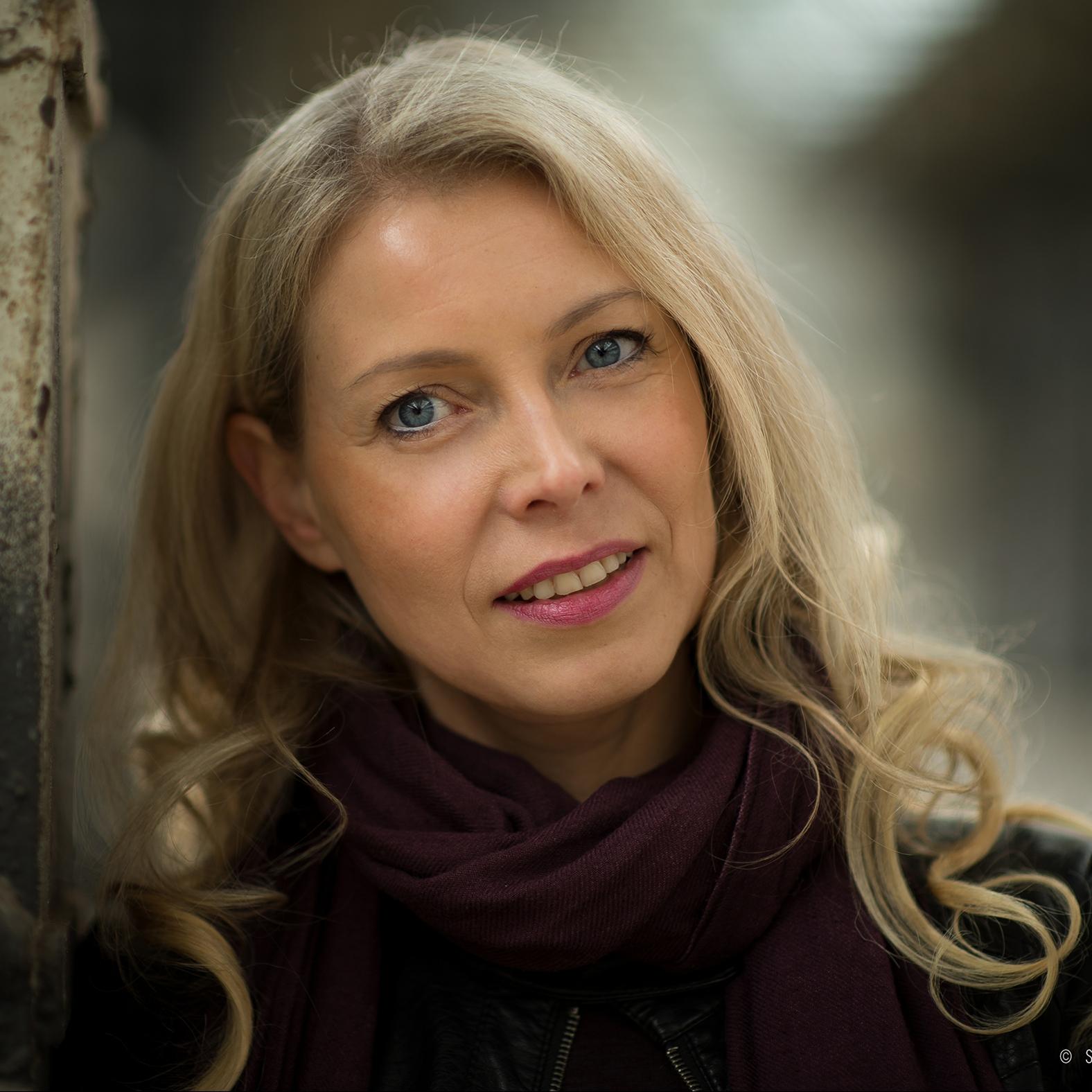 Anett Simmen, Regie, Choreographie und künstlerische Leiterin der Company VoLA